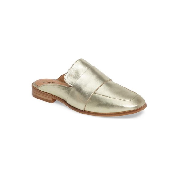 9f722fb998f NWT Free People Gold At Ease Loafer Mule - Size 39